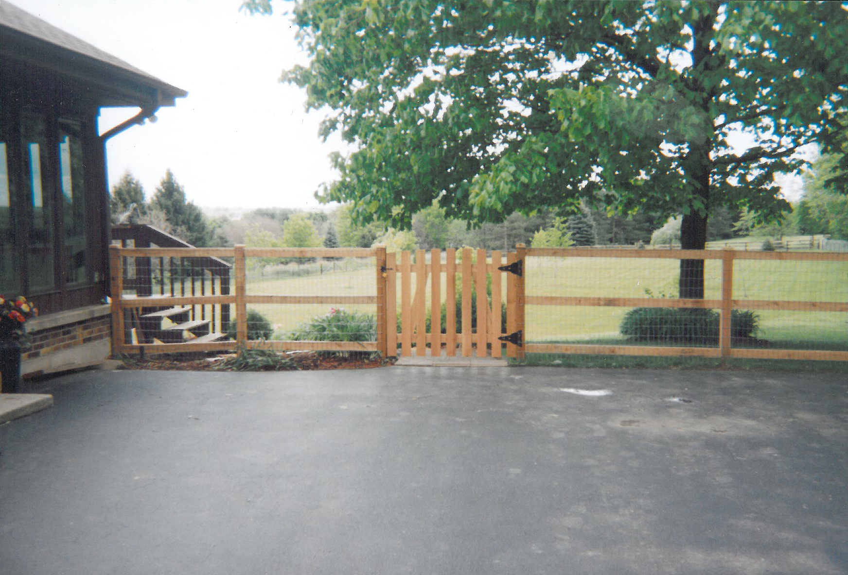 Split Rail / Slip Board Fence Layout and Installation Guide